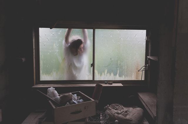 okno kůlny
