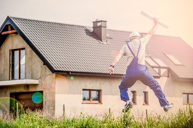 Mít vlastní dům trvá v ČR dlouho.