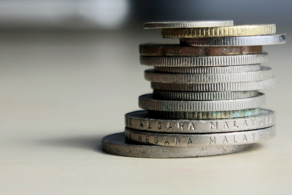 sloupeček mincí